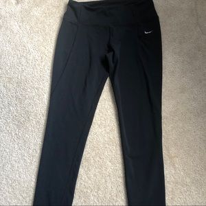 Black Nike Dri-Fit Adjustable leggings sz M